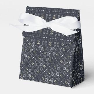 Arrow boho tribal black white pattern favor box