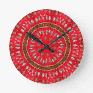 arrowhead pattern round clock