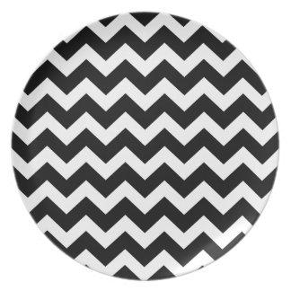 Artistic zigzag Black and white Plates