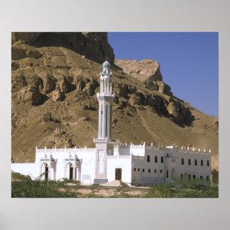 Asia, Yemen, Tarim. White mosque. Poster