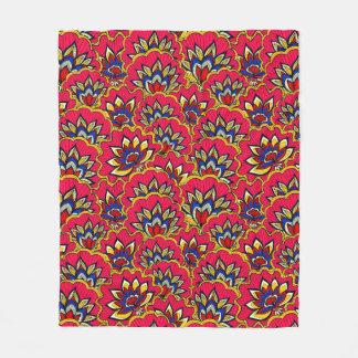 Asiatic red vibrant floral pattern fleece blanket