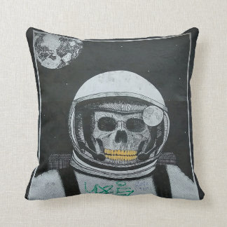 Astro NOT Streetart Pillow