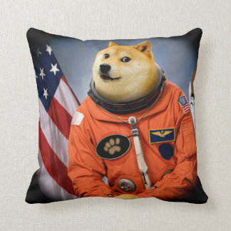 astronaut dog  - doge - shibe - doge memes throw pillow