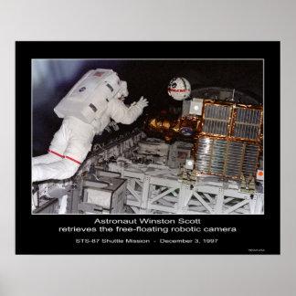 Astronaut Winston Scott free-floating Robotic Came Poster