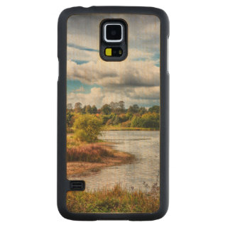 At Waters Edge Carved Maple Galaxy S5 Case