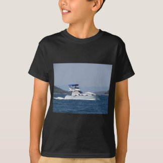 Attractive Small Motorboat T-Shirt