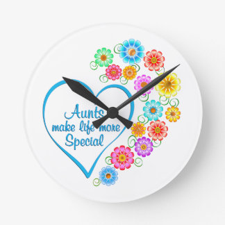 Aunt Special Heart Round Clock