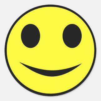 Autocollants souriants jaunes classiques de visage