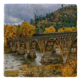Autumn bow bridge trivet