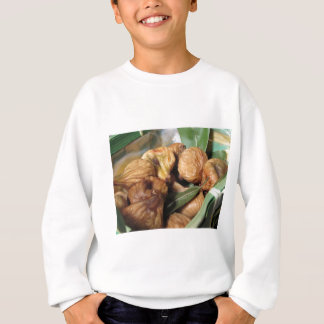Autumn fruits . Closeup of dried figs with leaves Sweatshirt