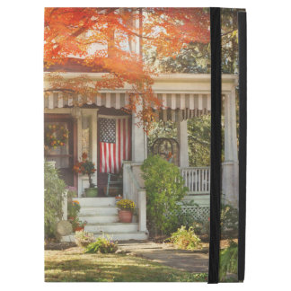 """Autumn - Home is where your story begins iPad Pro 12.9"""" Case"""