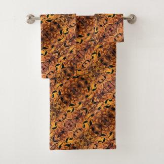 Autumn Leaves Silhouette Modern Pattern Bath Towel Set