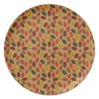 Autumn leaves star melamine plate