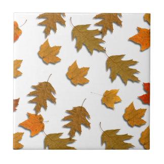 Autumn maple leaves tile