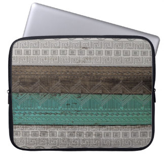 Awesome cool trendy Aztec geometric pattern Computer Sleeves