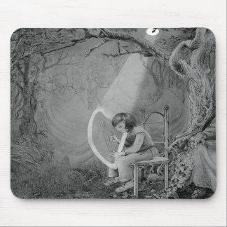 Ayra playing his harp made of moonlight mouse mats