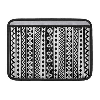 Aztec Essence Vertical Ptn IIb Black & White MacBook Sleeve