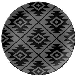 Aztec Symbol Stylized Lg Ptn Black on Gray Plate