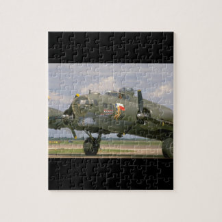 B17 Closeup, Front Left_WWII Planes Jigsaw Puzzle