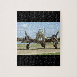 B17 On Runway, Frontal. (plane_WWII Planes Jigsaw Puzzle