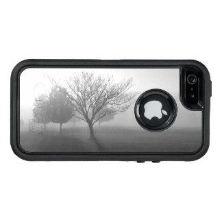 B&W Foggy Morning Sunrise OtterBox iPhone 5/5s/SE Case