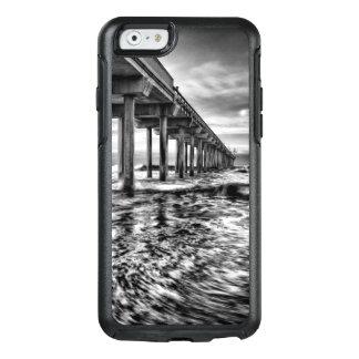 B&W pier at dawn, California OtterBox iPhone 6/6s Case