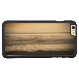 B&W seascape, Hawaii Carved Maple iPhone 6 Plus Case