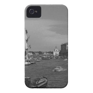 B&W Venice 2 iPhone 4 Cases