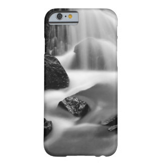 B&W waterfall, California Barely There iPhone 6 Case