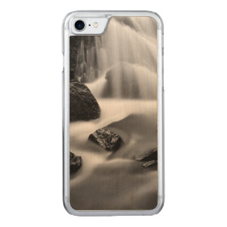 B&W waterfall, California Carved iPhone 8/7 Case