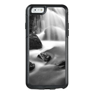 B&W waterfall, California OtterBox iPhone 6/6s Case