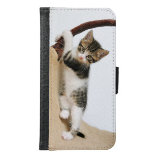 Baby cat kitten climbing  funny Animal Photo - Samsung Galaxy S6 Wallet Case