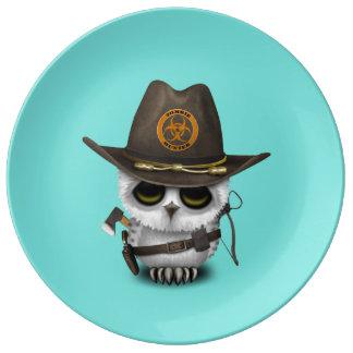 Baby Owl Zombie Hunter Plate