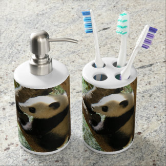 Baby Panda In Tree Bath Set
