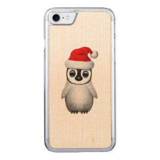 Baby Penguin Wearing a Santa Hat Carved iPhone 8/7 Case