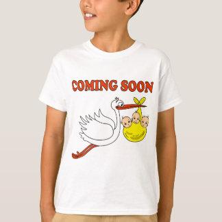 Baby pregnancy birth babies stork T-Shirt