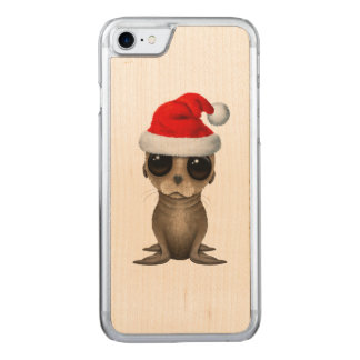 Baby Sea Lion Wearing a Santa Hat Carved iPhone 8/7 Case
