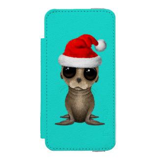 Baby Sea Lion Wearing a Santa Hat Incipio Watson™ iPhone 5 Wallet Case