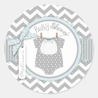 Baby shower bleu d'impression de cravate et de adhésifs ronds