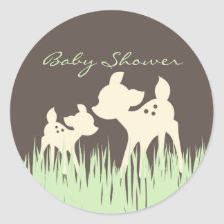 Baby shower de région boisée sticker rond