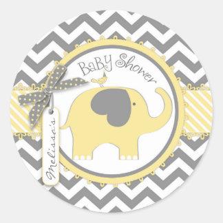 Baby shower jaune d'impression d'éléphant et de sticker rond