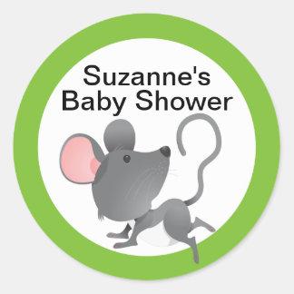Baby shower mignon de souris dans le bleu sticker rond