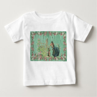 Baby T-shirt vintage bunny and a little girl
