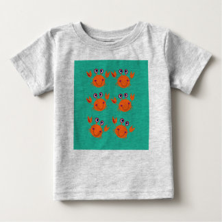 Baby t-shirt with crabs