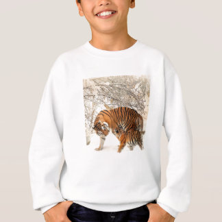 Baby tiger and Tiger mom in a snowy forest Sweatshirt