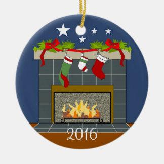 BABY'S 1ST CHRISTMAS ORNAMENT_2016 ROUND CERAMIC ORNAMENT