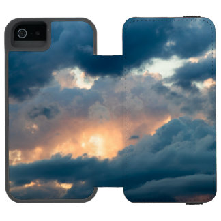 back to the early show incipio watson™ iPhone 5 wallet case