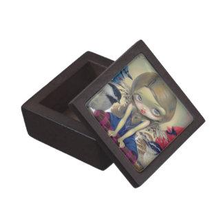 """""""Backyard Birds"""" Gift Box Premium Jewelry Box"""