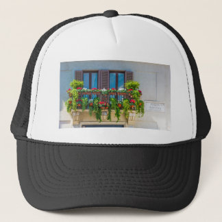 balcuny in piazza navona trucker hat