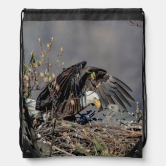 Bald Eagle with her baby Drawstring Bag